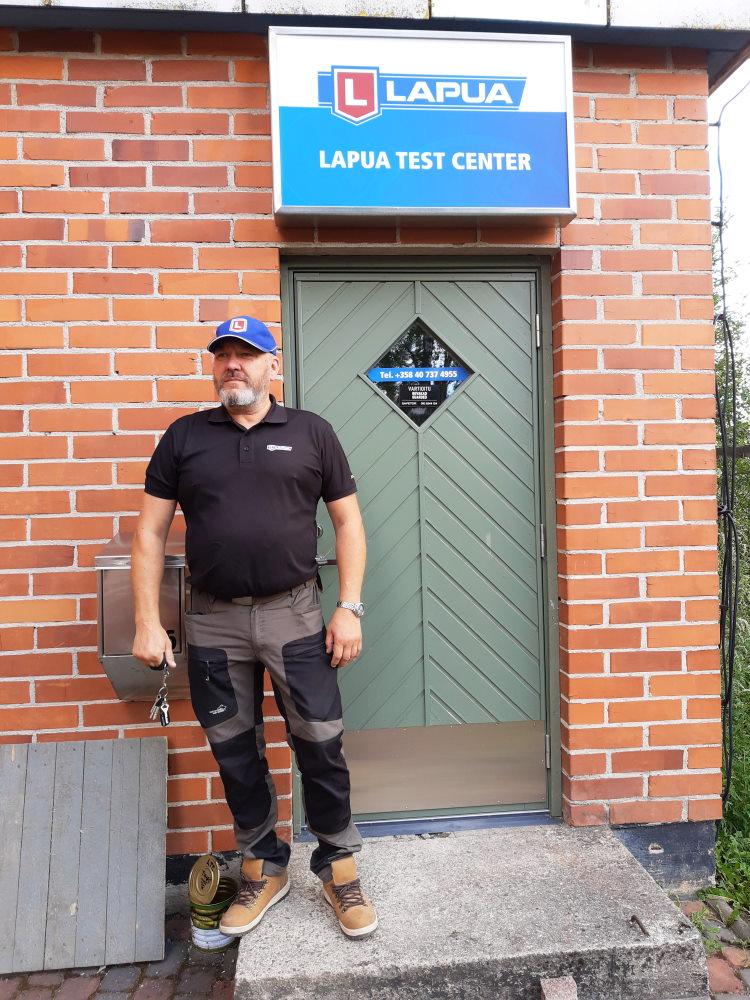Lapua Test Centerin yrittäjä Olli Punkari.